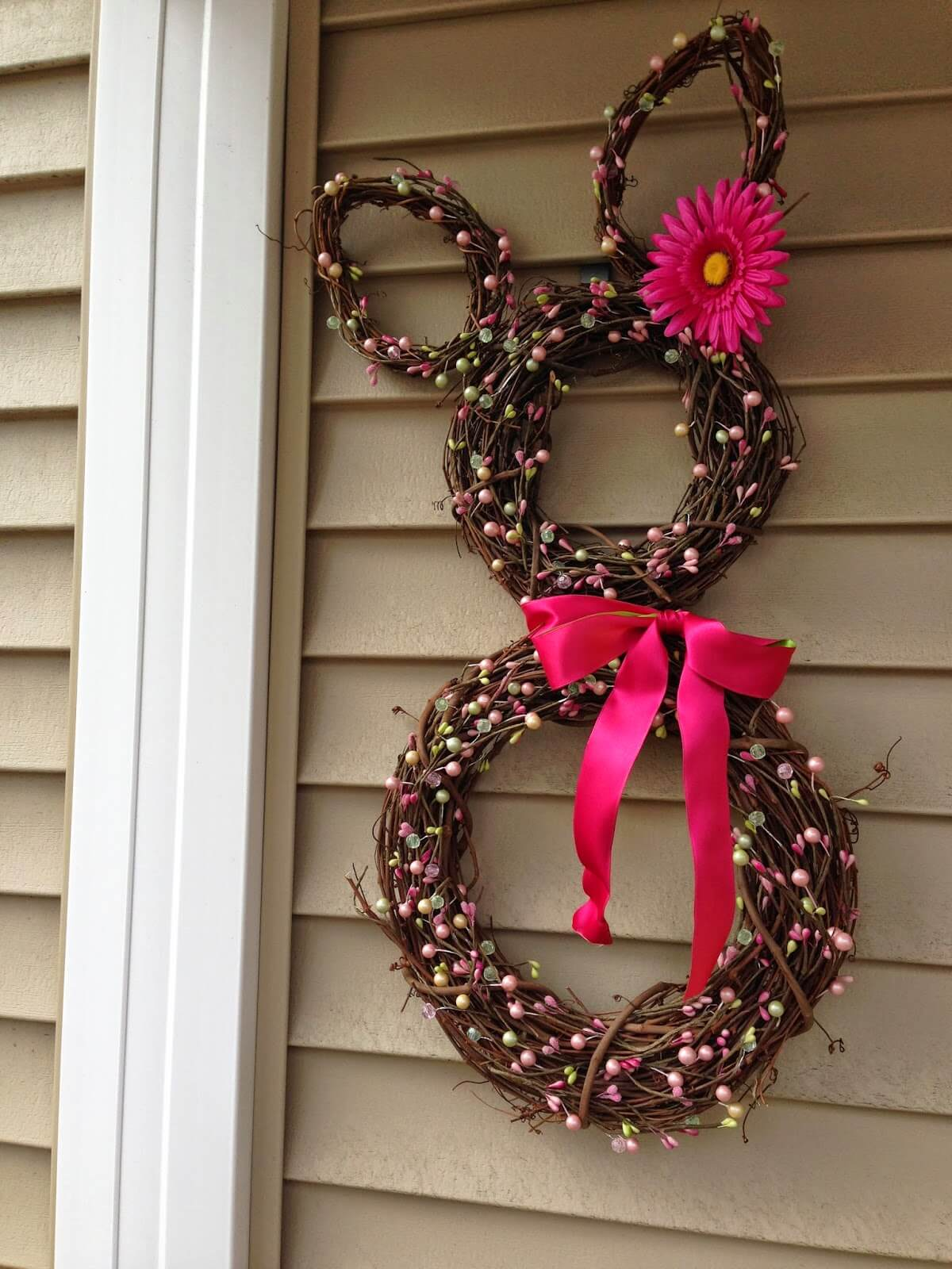 02-diy-easter-decorations-crafts-homebnc