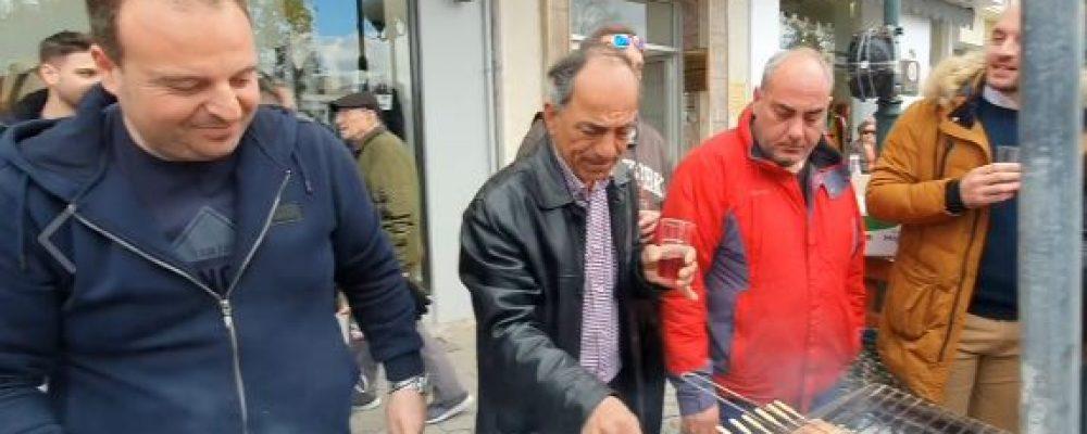 Δείτε πως Τσίκνισαν οι ΄Εμποροι της Κορίνθου – Ο καλαματιανός των αυτοδιοικητικών Φωτο- βίντεο