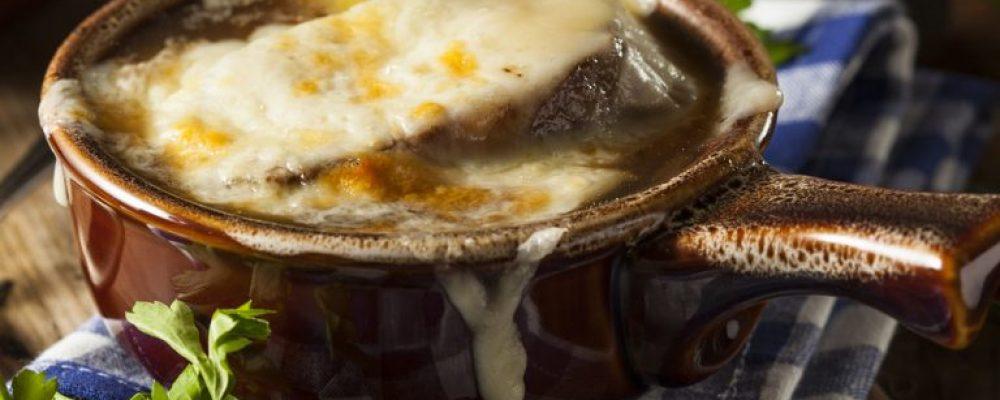 Η απόλυτη, αυθεντική γαλλική κρεμυδόσουπα, διάσημη συνταγή σε όλο τον κόσμο!