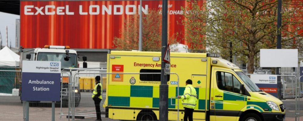 Κορωνοϊός-Σοκ στη Βρετανία: Γιατί υπάρχει κίνδυνος για περίπου 50.000 νέα κρούσματα ημερησίως