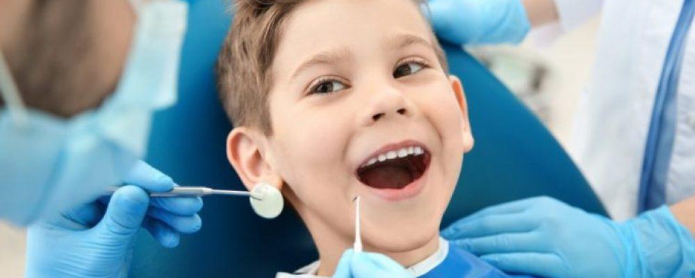 ΕΟΠΠΥ: Τα παιδιά μας θα μπορούν πλέον να πηγαίνουν δωρεάν στον οδοντίατρο