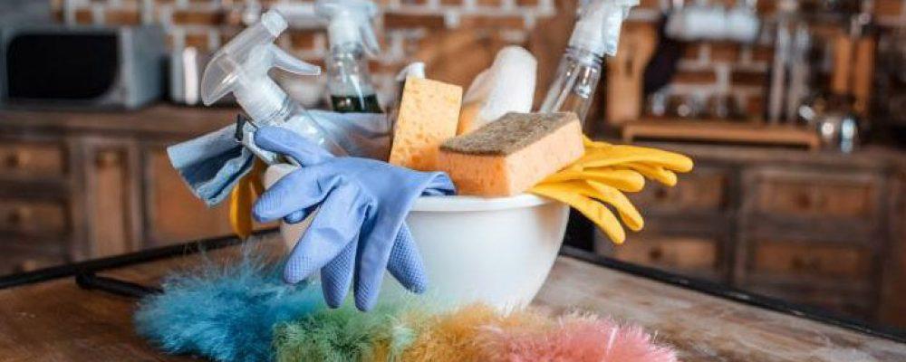 Το καθάρισμα του σπιτιού προκαλεί στους γυναικείους πνεύμονες ίδια ζημιά με το κάπνισμα 20 τσιγάρων την ημέρα