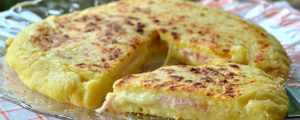 Πατατοβόμβα στο τηγάνι ή στο φούρνο ,με αλλαντικά και τυρί