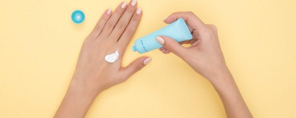 Τι σημαίνει ο δείκτης SPF στα αντηλιακά – Πώς επιδρά στο δέρμα