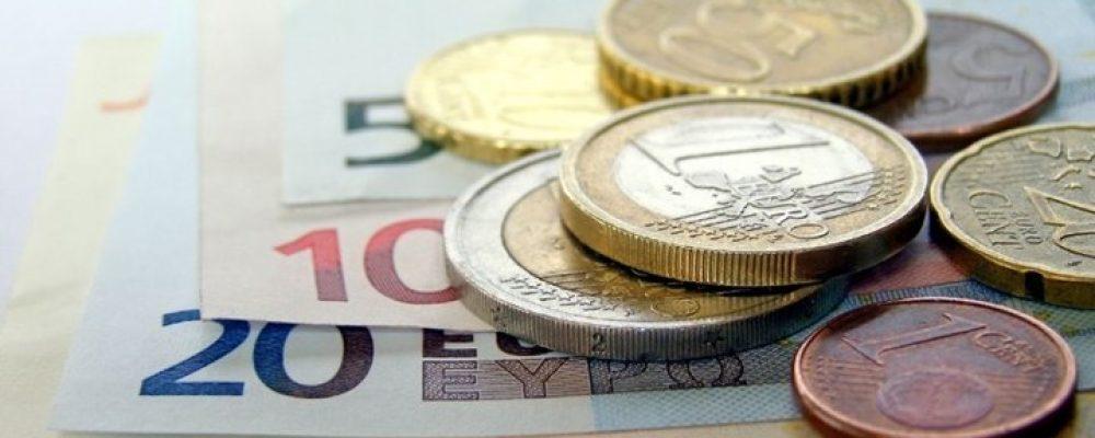 «Ζεστό χρήμα» έως 4.000 ευρώ για τις επιχειρήσεις: Οι δικαιούχοι – Πότε θα γίνουν οι πρώτες πληρωμές