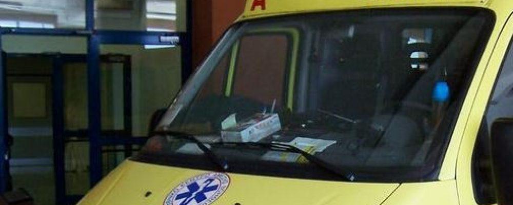 Κόρινθος: Μια ηλικιωμένη και η ανήλικη εγγονή της παρασύρθηκαν από μηχανή