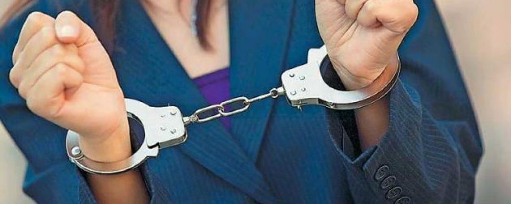 Κορινθία: Συνελήφθη  γυναίκα για σύσταση συμμορίας και απάτης και πέντε άντρες για…
