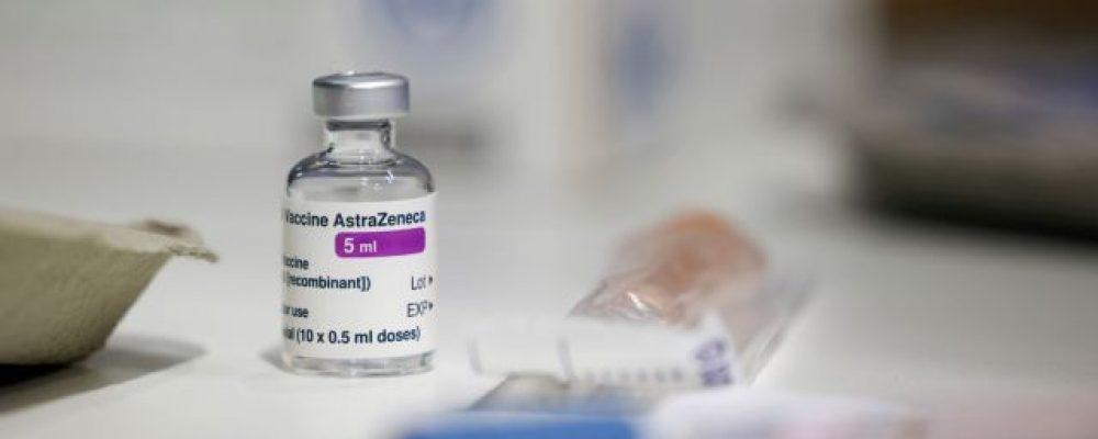 Αλλάζουν όλα με την AstraZeneca – Τέλος για τους κάτω των 60 – Τι θα γίνει με β' δόση