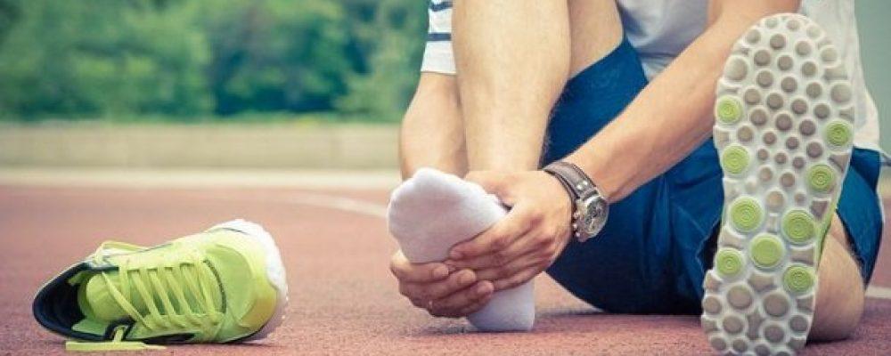 4 Ανδρικά παπούτσια που καταστρέφουν τα πόδια σου!