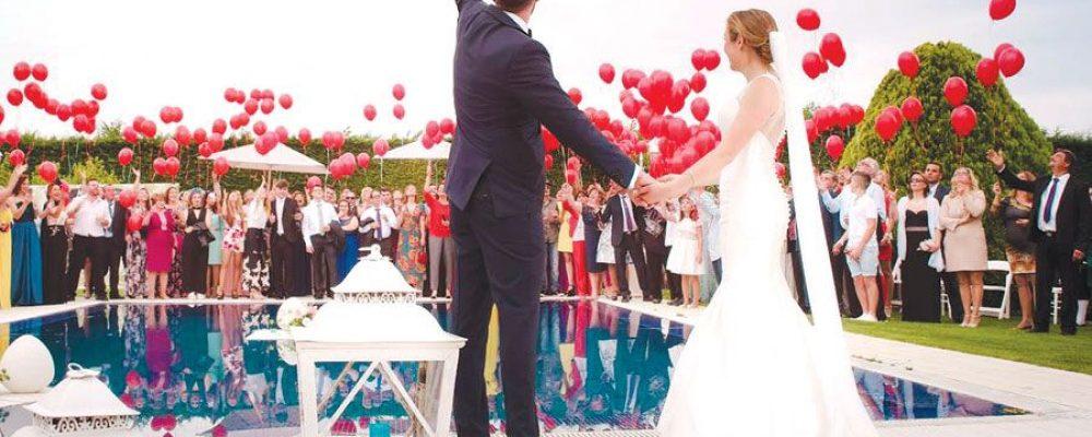 Κορονοϊός – Λινού  για τους γάμους: Τα 100 άτομα να μειωθούν, να είναι μόνο η άμεση οικογένεια