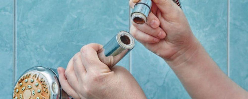 Κίνδυνος πνευμονικών λοιμώξεων από το τηλέφωνο του ντους- Τι έδειξε έρευνα