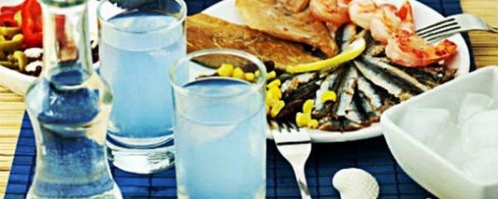 Το καλοκαίρι θέλει ούζο, μεζέ και καλή παρέα – Δείτε  τους καλύτερους χώρους της Κορινθίας που σας περιμένουν