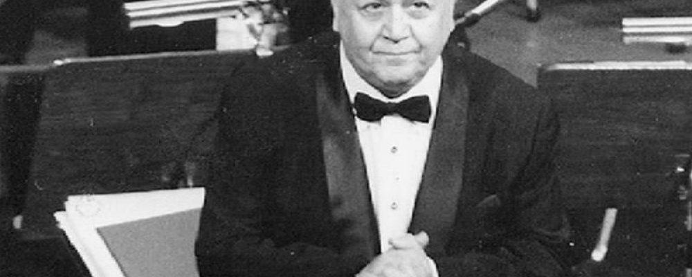 """Μ. Χατζιδάκις: Ενας κορυφαίος μουσικοσυνθέτης, διανοούμενος και ποιητής που """"έφυγε"""" σαν σήμερα το 1994 (Αφιέρωμα)"""