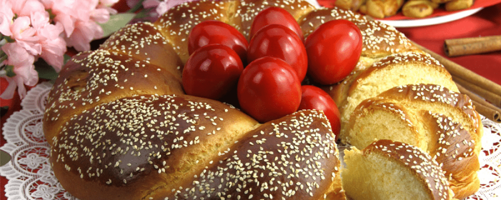 Συνταγή για Αγιορείτικα παραδοσιακά πασχαλινά τσουρέκια