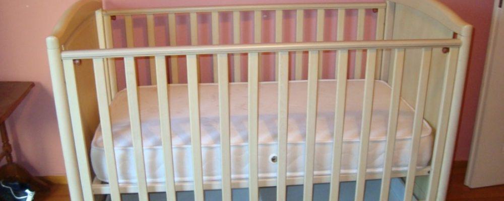 Παλιά κούνια μωρού: 14 έξυπνες ιδέες για να την αξιοποιήσετε και να μεταμορφώσετε το σπίτι σας