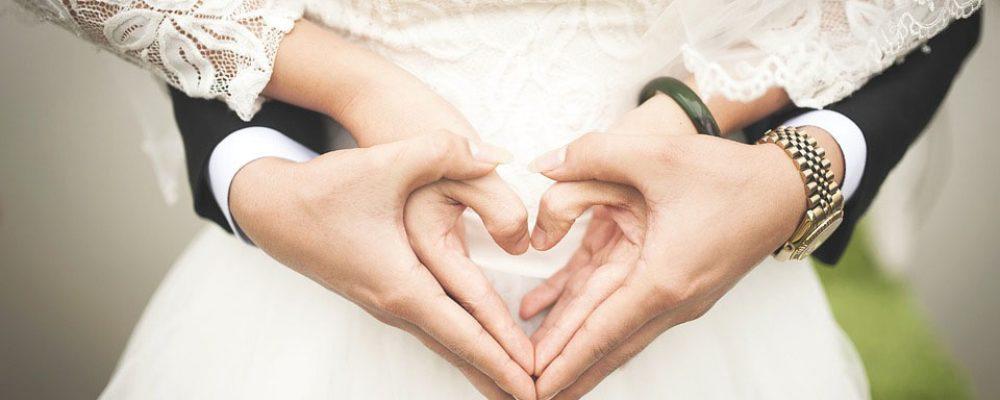 Τα δάκτυλα «προδίδουν» αν μια γυναίκα είναι άπιστη σύμφωνα με έρευνα